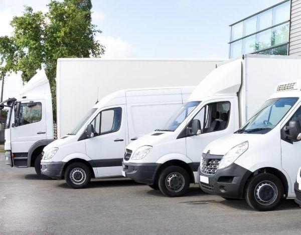 Lkw und Transporter für Umzugshelfer Umzüge