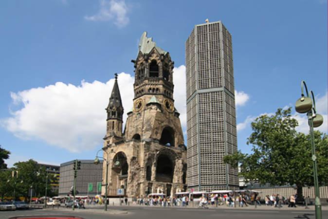 Umzug Berlin Charlottenburg-Wilmersdorf Gedächtniskirche